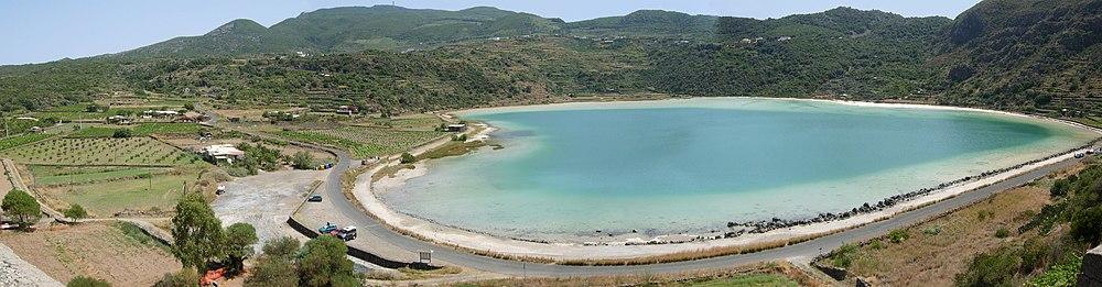 Winetaste pantelleria la perla nera del mediterraneo - Venere allo specchio ...