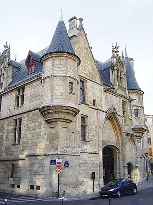 Le Marais - Hôtel de Sens.