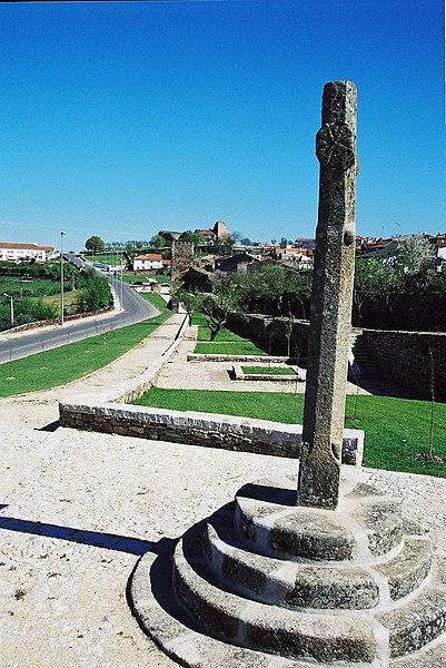 Image:Pelourinho de Miranda do Douro.jpg