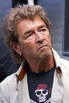 Peter Maffay earned a  million dollar salary, leaving the net worth at 15 million in 2017