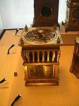 Petit palais horloge de table astrolabique nicolas feau 1550.JPG