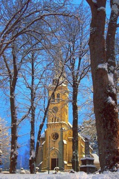 Pfarrkirche weissenbach an d Triesting-kirchenplatz-winter