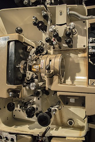 Philips DP70 - Image: Philips DP70 projector mechanism, with 35mm film threaded