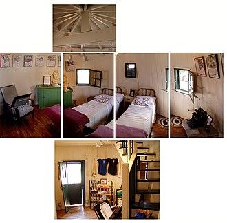 Pickle Barrel House - Pickle Barrel House interior