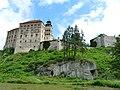 Pieskowa Skała Castle 04 - panoramio.jpg