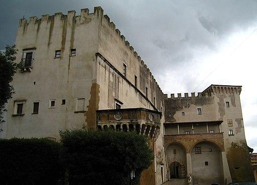 Pitigliano, Palazzo Orsini