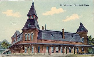 Joseph Scelsi Intermodal Transportation Center - The first Union Station in the early 1900s