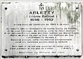 Plaque Arletty, 14 rue de Rémusat, Paris 16.jpg
