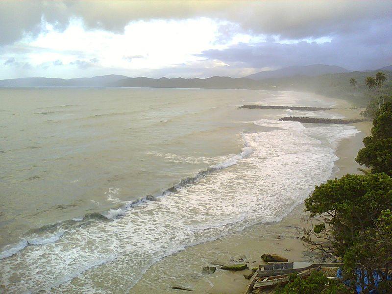 File:Playa La Sabana Vargas Venezuela.JPG