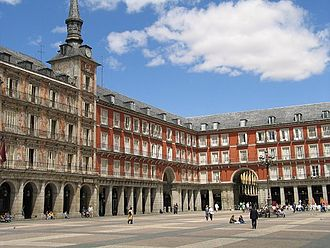 Plaza Mayor, Madrid - Plaza Mayor with the Casa de la Panadería to the left