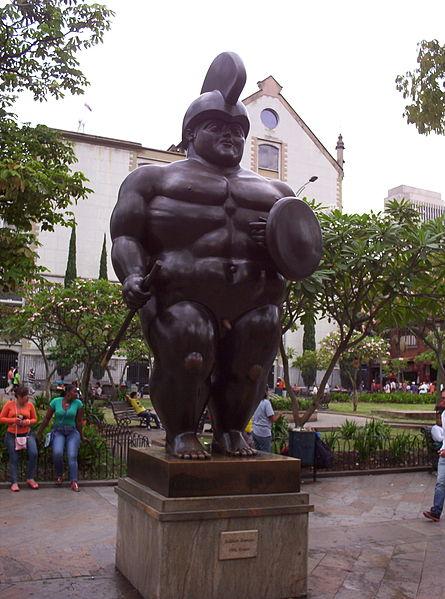 File:Plaza Botero8.JPG