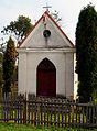 Pnikut, kapliczka na miejscu starego kościoła.jpg