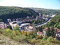 Pohled z Pavího vrchu do radlického údolí.jpg