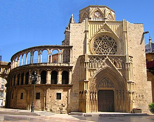 Levantine Gothic - Porta dels Apòstols of the Cathedral of Valencia, a great example of Levantino Gothic.
