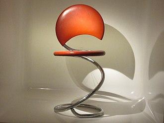 Poul Henningsen - Snake chair (1932)