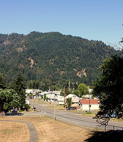 Powers, Oregon skyline