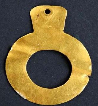 Ptolemaida - Prehistoric jewelry found in Ptolemaida