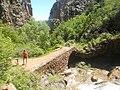 Puente medieval sobre el rio Asabón por el camino que va hacía Salinas Viejo ( Huesca ) , España . - panoramio.jpg