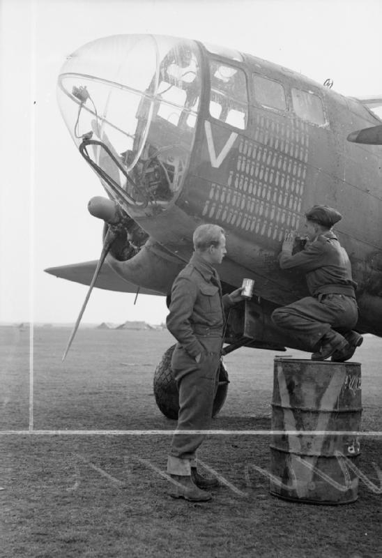 RAF groundcrew with 223 Squadron Martin Baltimore Italy WWII CNA 2600