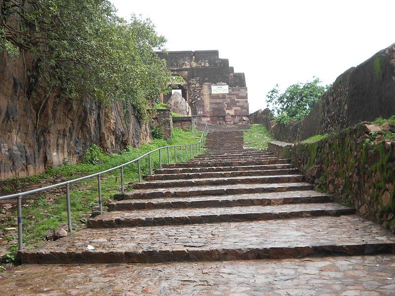 Ranthombore Fort newlyplace.com