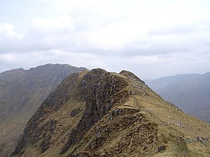 Rocky knolls on the east ridge of Maol Chinn-Dearg. - geograph.org.uk - 426868.jpg