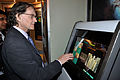 Roger Penrose - Subrahmanyan Chandrasekhar Exhibition - Science City - Kolkata 2011-01-07 9584.JPG