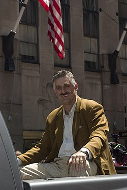 Rollie Fingers All Star Parade 2008.jpg