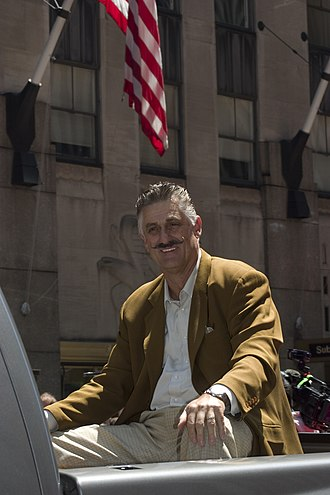 Rollie Fingers - Fingers at the 2008 All-Star Game Red Carpet Parade.