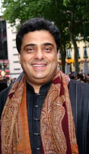 Ronnie Screwvala - Image: Ronnie Screwvala 2007 still 18374 crop