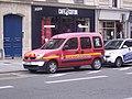 SPVL 329, Renault Kangoo appartenant aux pompiers de Paris.jpg