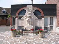 Saint-Nicolas monument aux morts.JPG