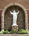 Saint Maximillian Kolbe Catholic Church (Liberty Township, Ohio) - Sacred Heart statue.jpg