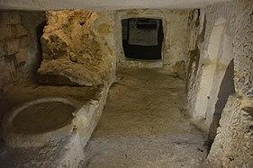 Saint Paul catacombs 05.jpg