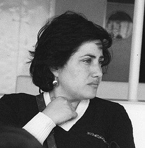 Sandra Moreschi - Sandra Moreschi in a photographic portrait