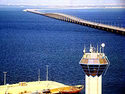 King fahd causeway wikipedia the bridge leading to mainland saudi arabia publicscrutiny Gallery