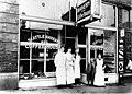 Seattle Bakery and Coffee House, Seattle, Washington, ca 1892 (INDOCC 351).jpg