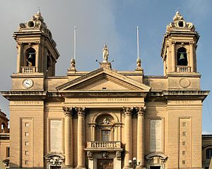 Senglea - Image: Senglea Basilica