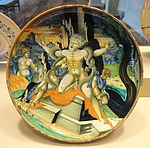 Shallow bowl with the death of Laocoon, attributed to Francesco Xanto Avelli, probably lustred in the workshop of Maestro Giorgio Andreoli of Gubbio, 1539 - National Gallery of Art, Washington - DSC08627.JPG