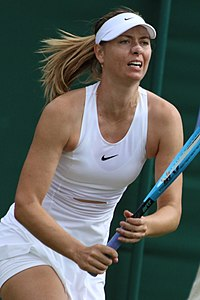 Sharapova WM19 (5) (48521917742).jpg