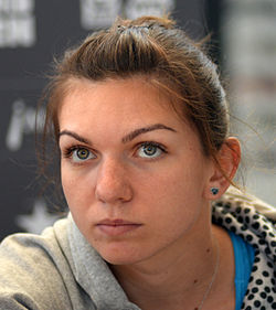 Simona Halep at Madrid Open 2014 adj.jpg