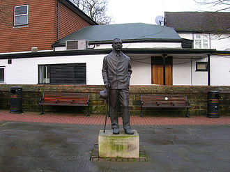 Crowborough - The statue of Sir Arthur Conan Doyle at Crowborough Cross