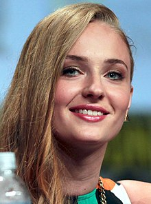 Sophie Turner SDCC 2014 (cropped).jpg
