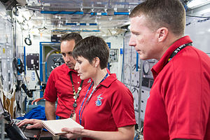Soyuz TMA-15M - Image: Soyuz TMA 15M crew during a routine operations training session at JSC