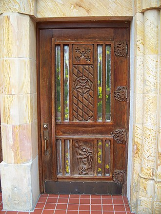Saint Leo Abbey - Image: St leo abbey entrance door 01