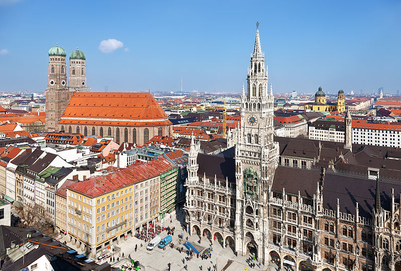 Old Town of Munich (Germany): on the left the Frauenkirche and on the right the New Town Hall