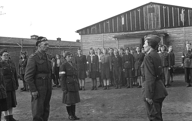 Plik:Stalag VIc liberation.jpg