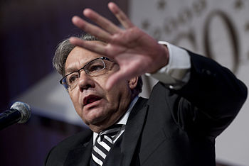 English: Comedian Lewis Black performs at the ...