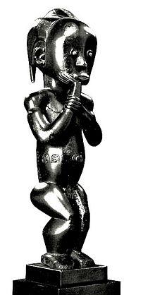 https://upload.wikimedia.org/wikipedia/commons/thumb/d/d3/Statuaire_Byeri_Fang.jpg/220px-Statuaire_Byeri_Fang.jpg