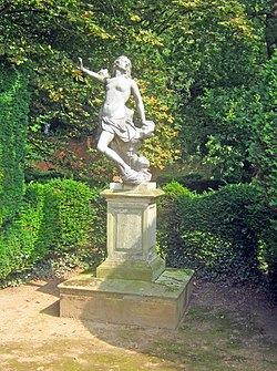 Statue of Andromeda at Melbourne Hall gardens (geograph 3211214).jpg