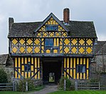 Stokesay Castle gatehouse from outside the courtyard.jpg
